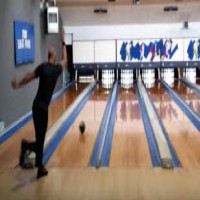 Bowler sets world record with fastest 300 game