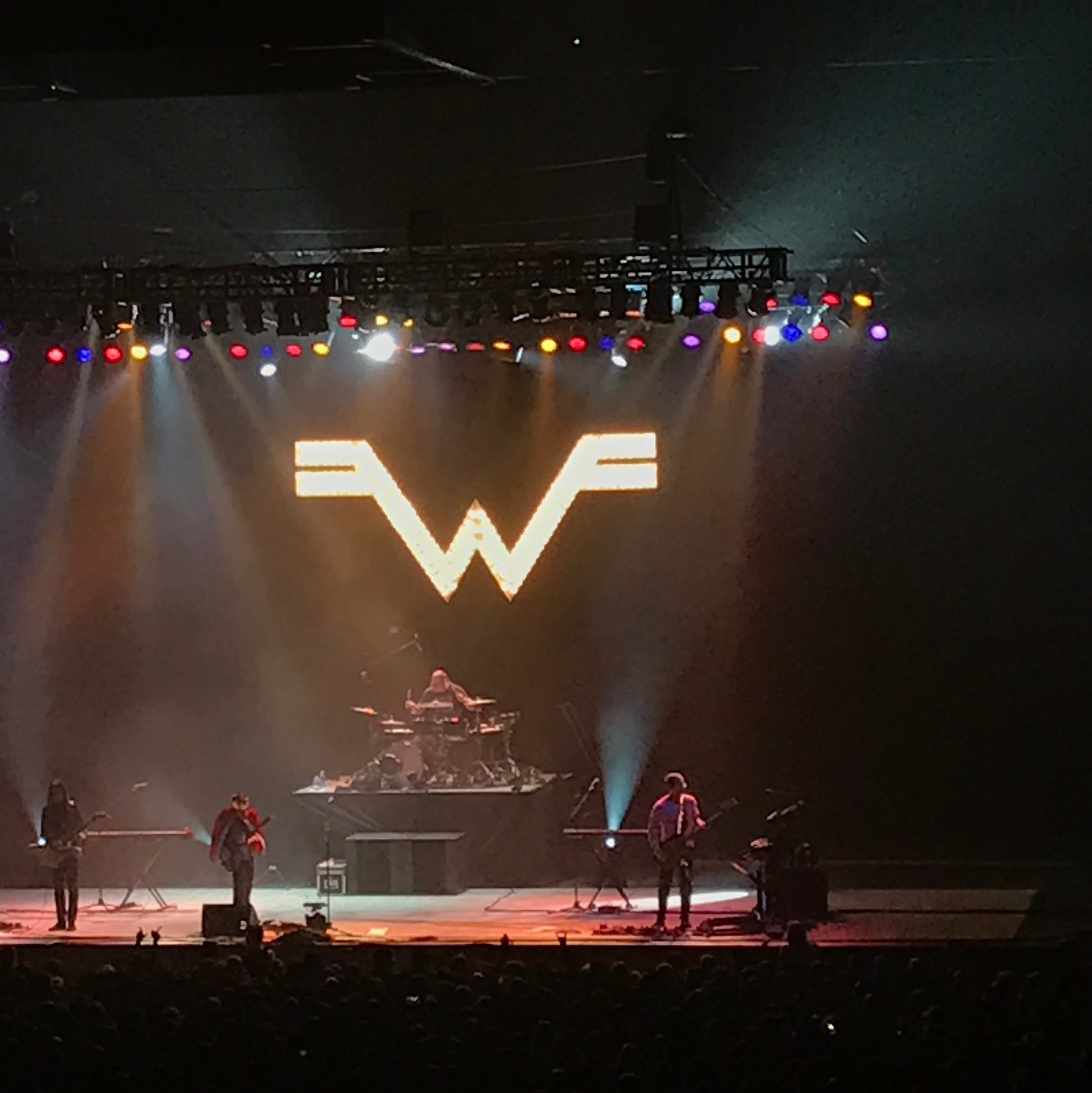 Power 104's Powerball at the SOEC with The Flatliners, The Trews & Weezer