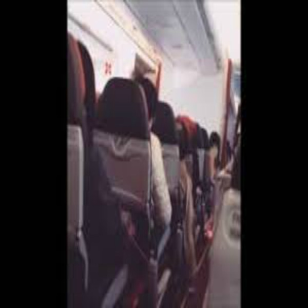 AirAsia shaking: technical issues for 2 hours lead pilot to advise passengers to pray