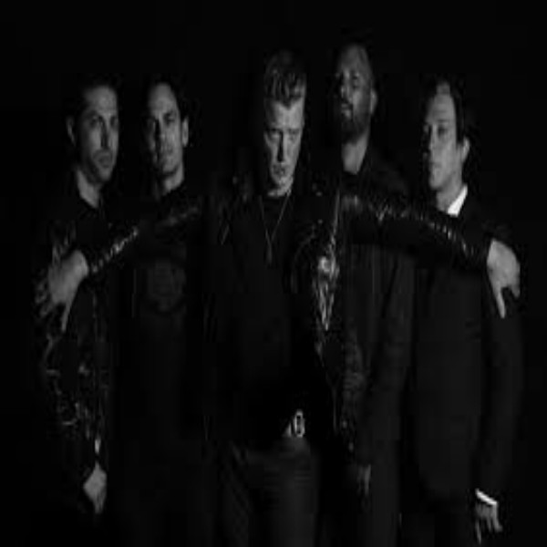 Interviewing Queens of the Stone Age