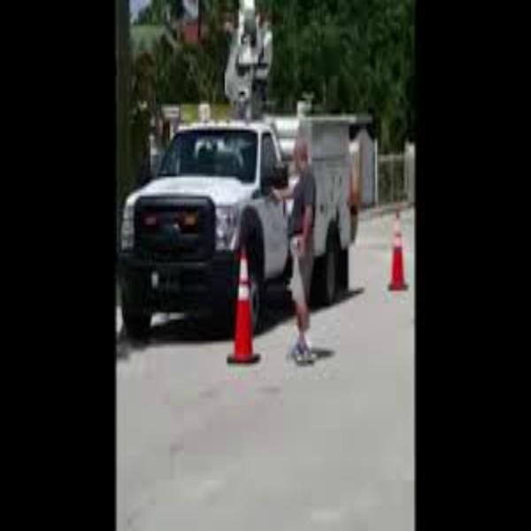 Florida homeowner shoots at AT&T trucks