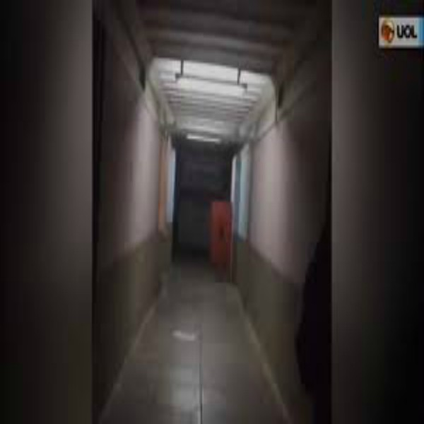 THIS VIRAL VIDEO OF A MORGUE DOOR SLAMMING ON ITS OWN IS STRAIGHT-UP TERRIFYING