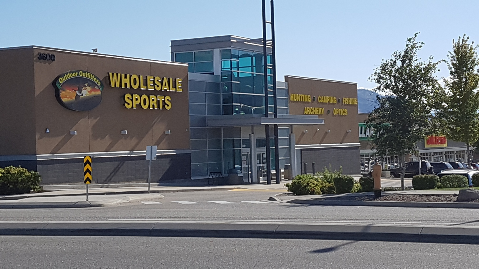 Westside Sporting Goods Store Closing, No Serious Injuries in Hwy 97 MVA and Glenrosa Grass Fire