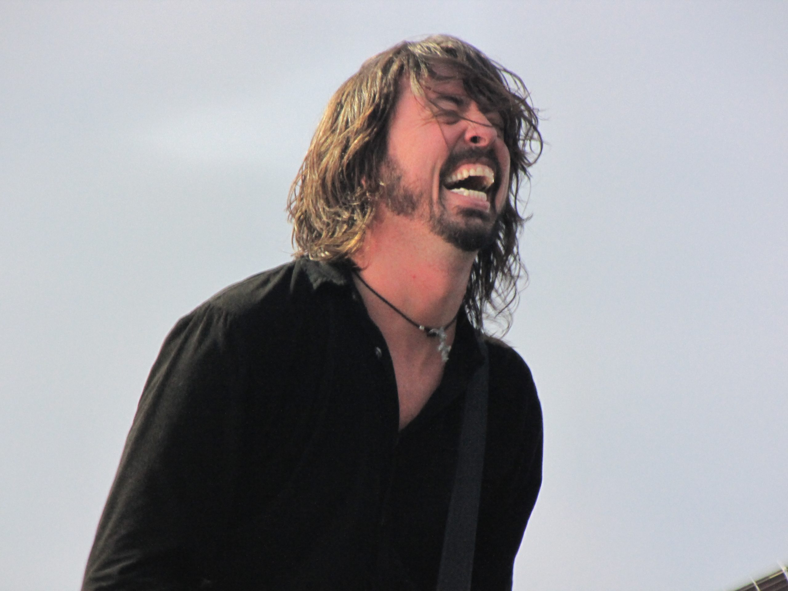 Surprise! Dave Grohl Continues To Be Awesome