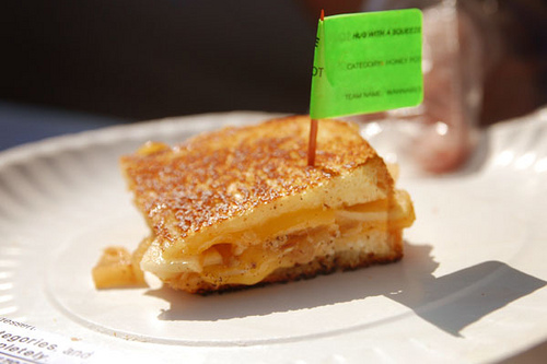 5 Pictures of Mouth Watering Grilled Cheese Sandwiches