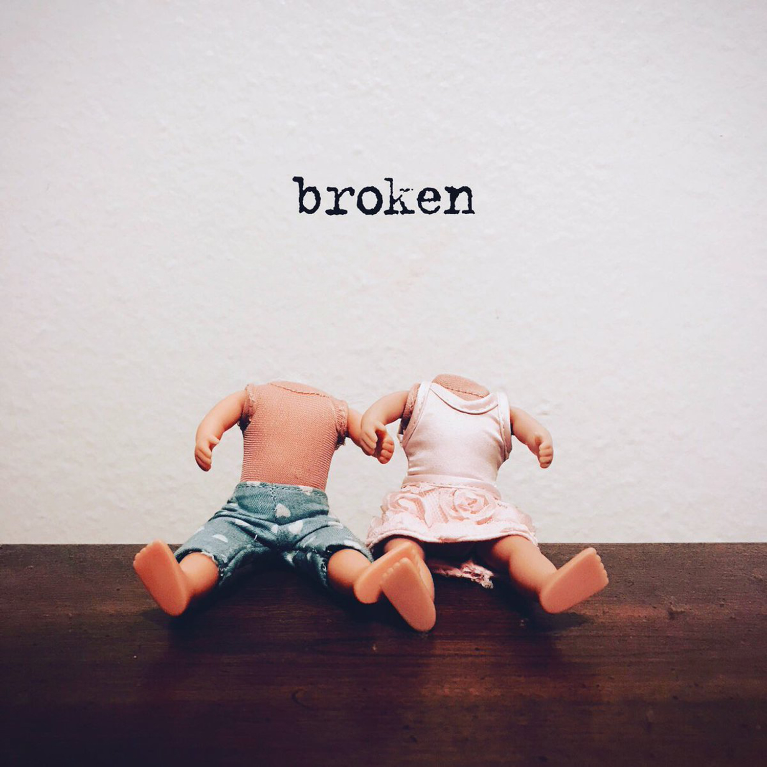 Lovelytheband/Broken  Check This Out!