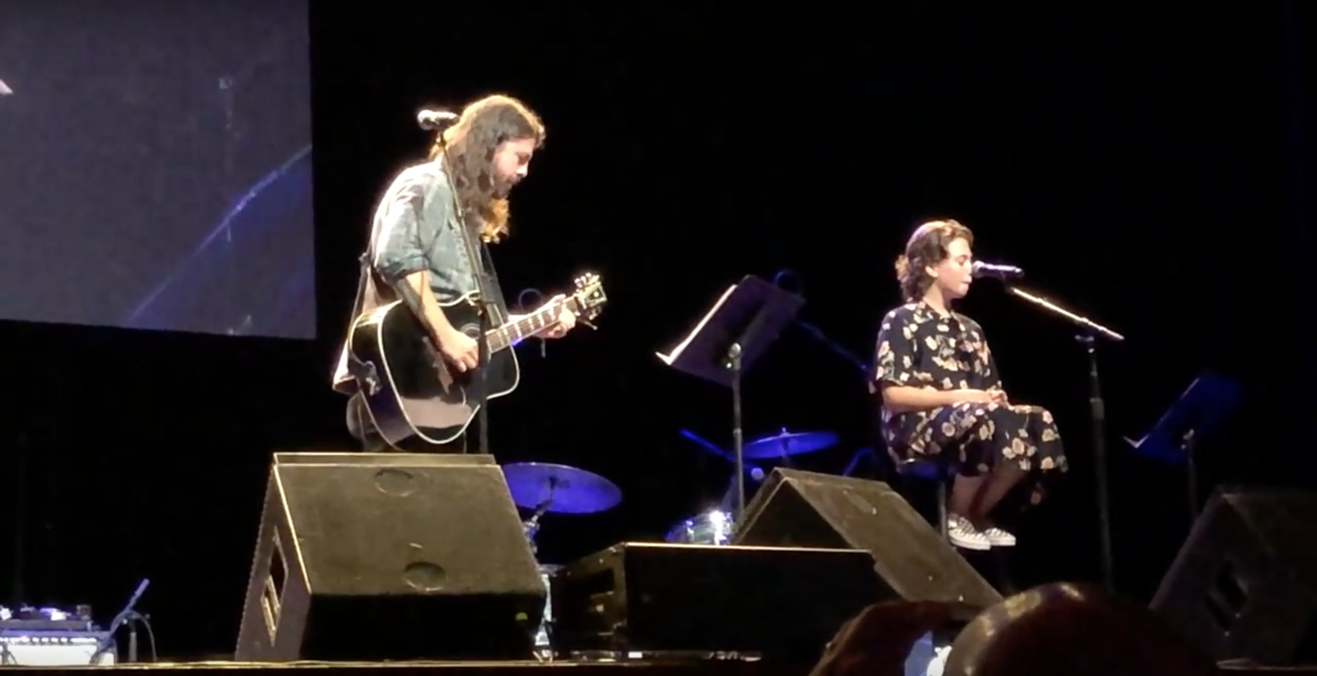 Dave Grohl And His Daughter Cover Adele