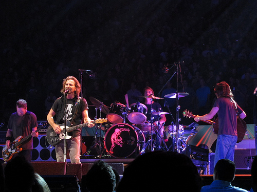 Pearl Jam cover White Stripes in Seattle-Home Show 1