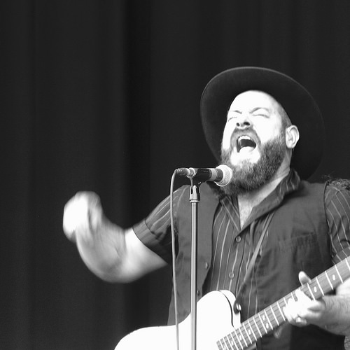 Nathaniel Rateliff and The Night Sweats on Colbert
