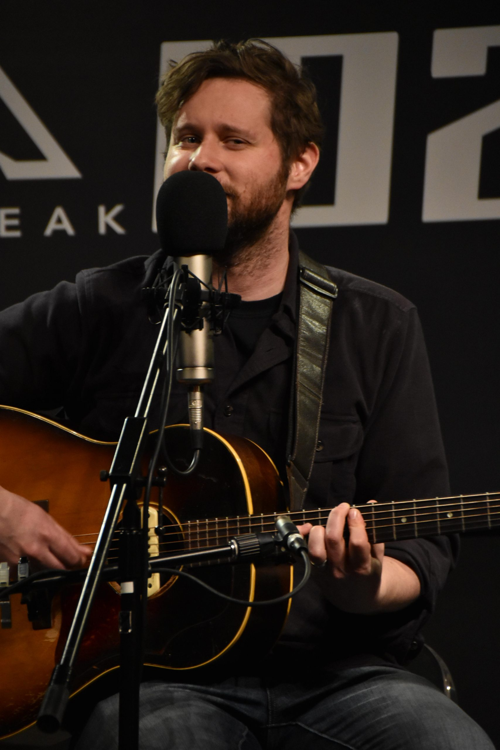 Dan Mangan in THE PEAK Lounge