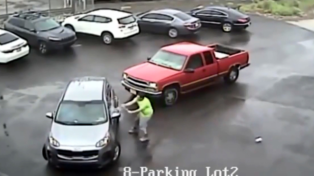 WATCH: Road rage in Philly...a nutbar attacks another vehicle with a sledge hammer.