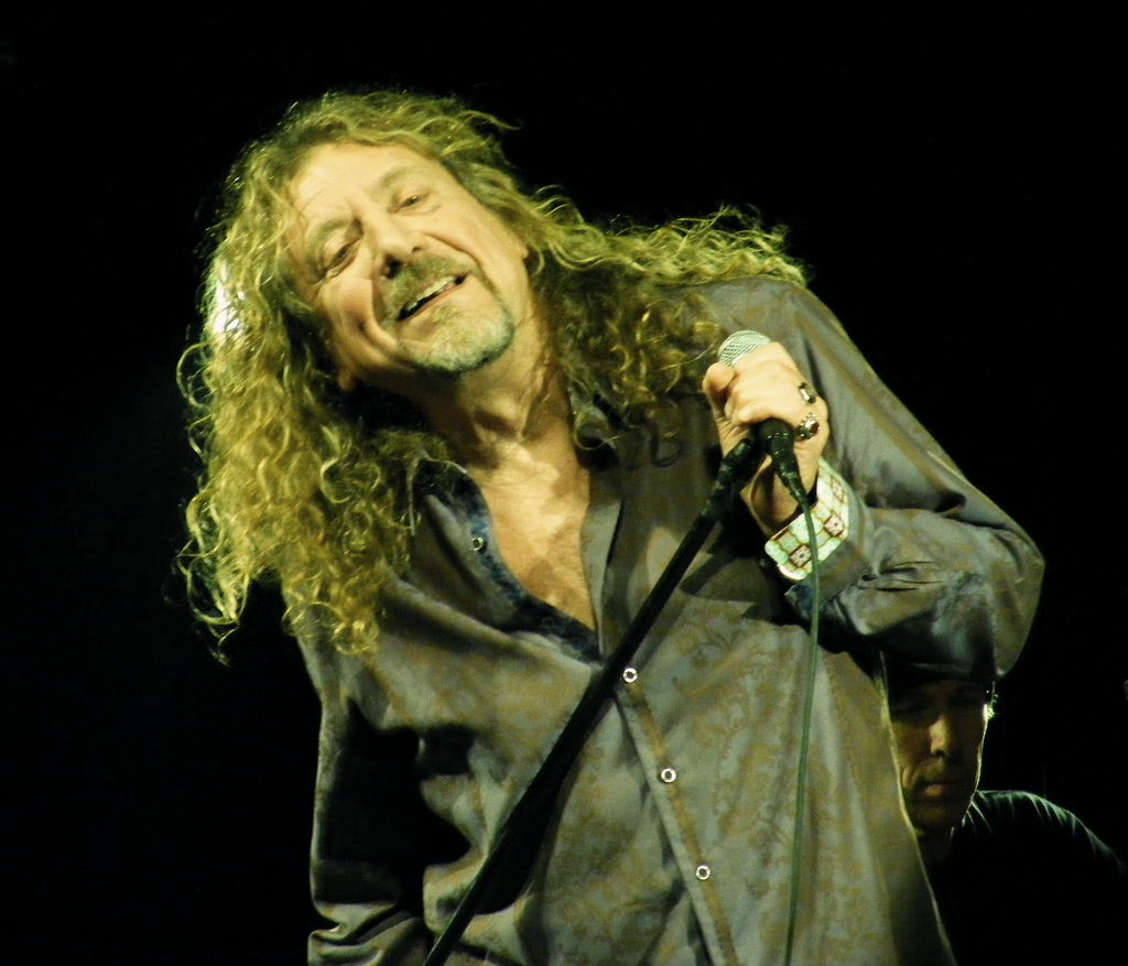 ROBERT PLANT INTERVIEW : IS AWESOME