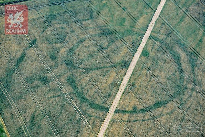 Heatwave revealing long-lost historical British sites.