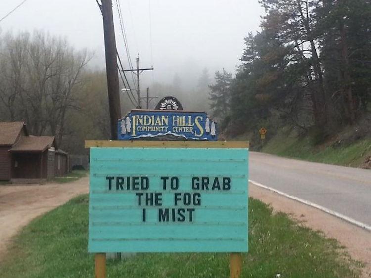 Colorado town sign has strong pun game.