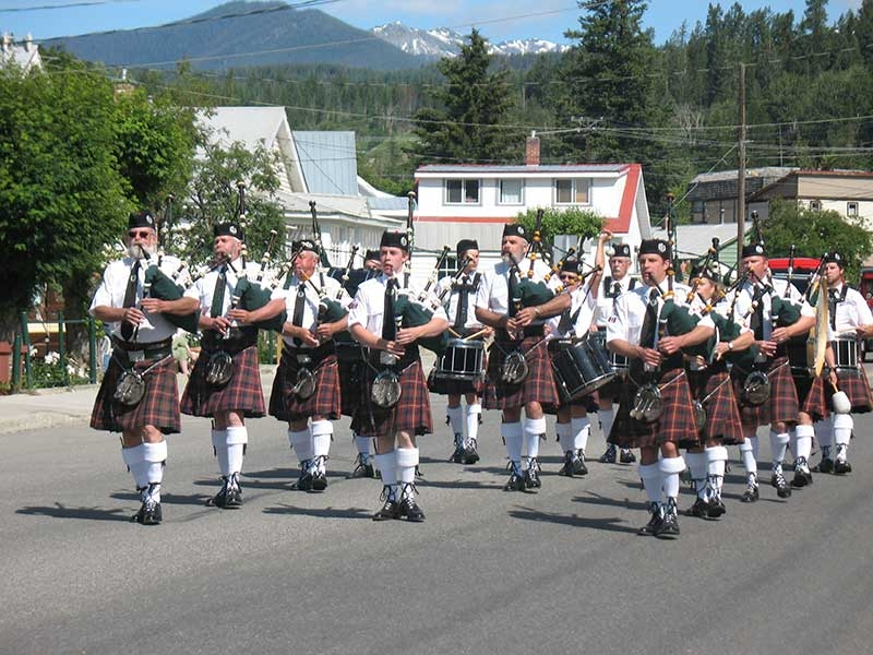 Kimberley Pipe Band wants 90th anniversary celebration as grand as possible
