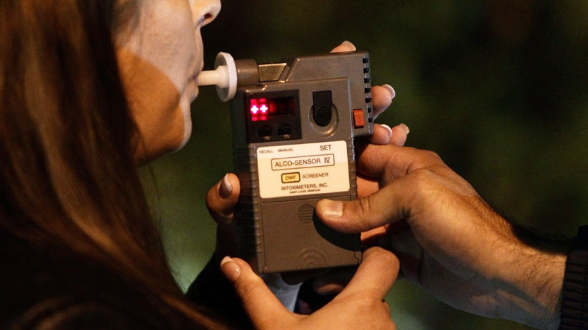 Woman in Columbia Valley tries 11 times to trick breathalyzer