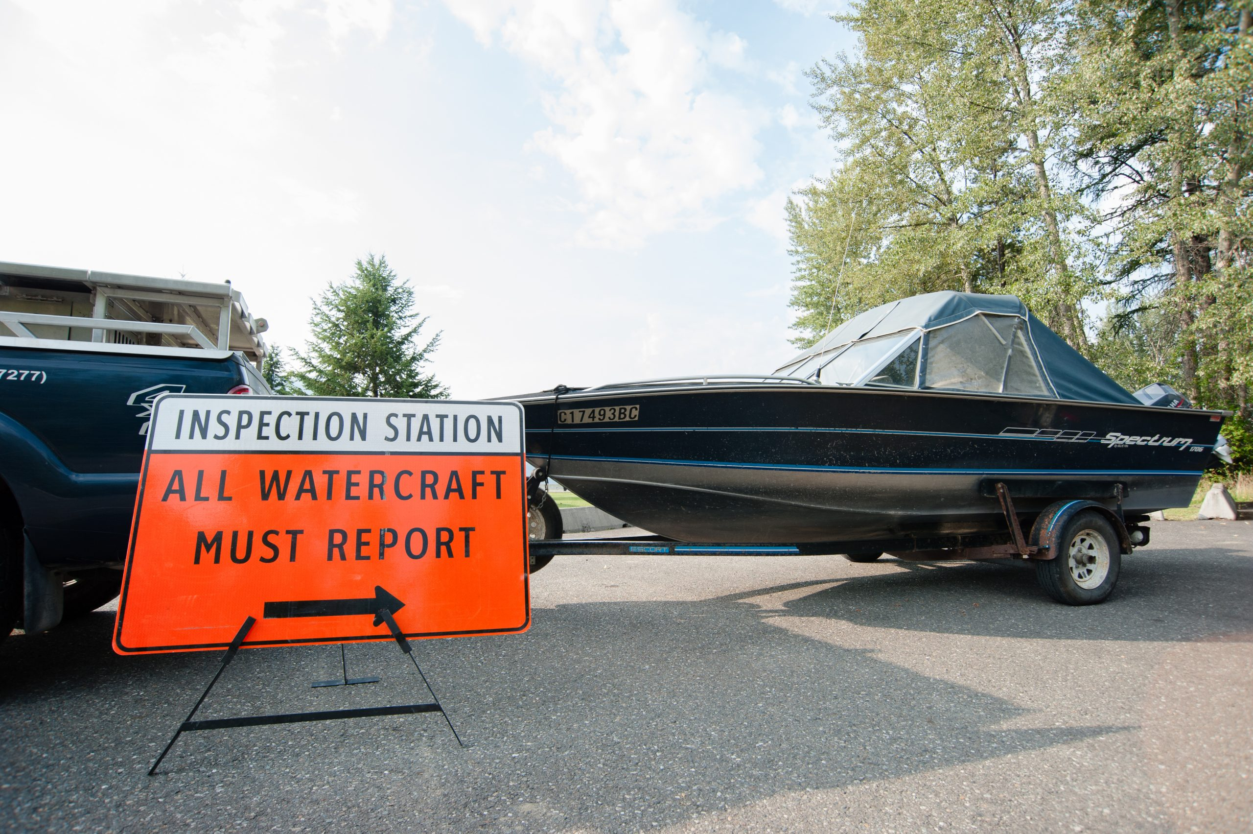 Province spending $3 million to combat zebra mussels, set up Yahk inspection point