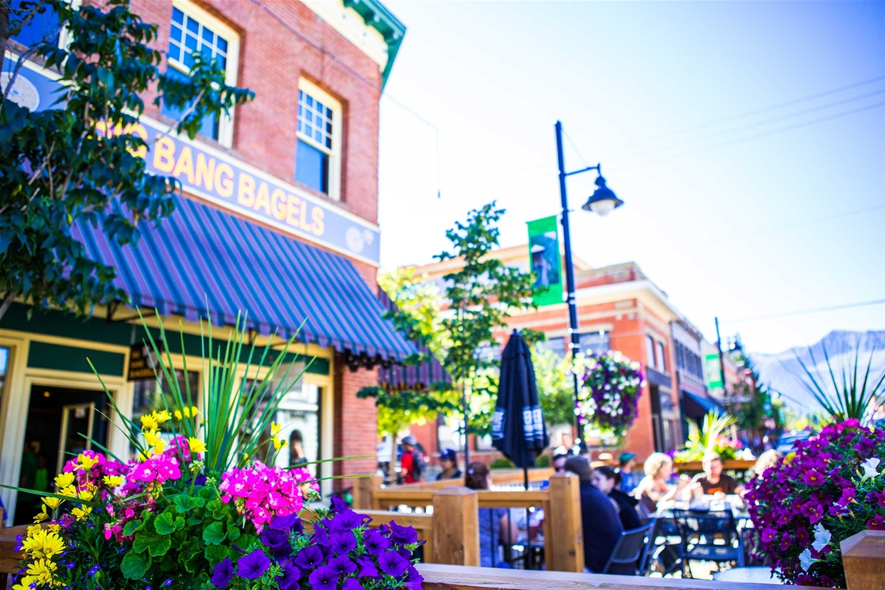Record nine outdoor patio licenses issued for dowtown Fernie
