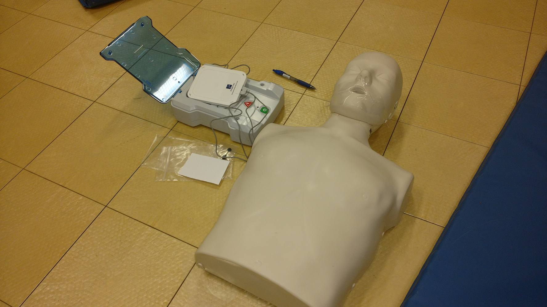 SD5 and SD6 teachers receive AED/CPR training