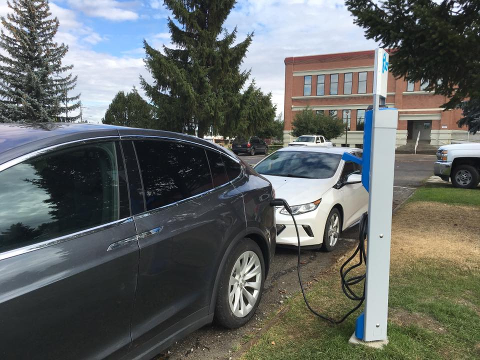 Province provides more funding for Clean Energy Vehicle Program
