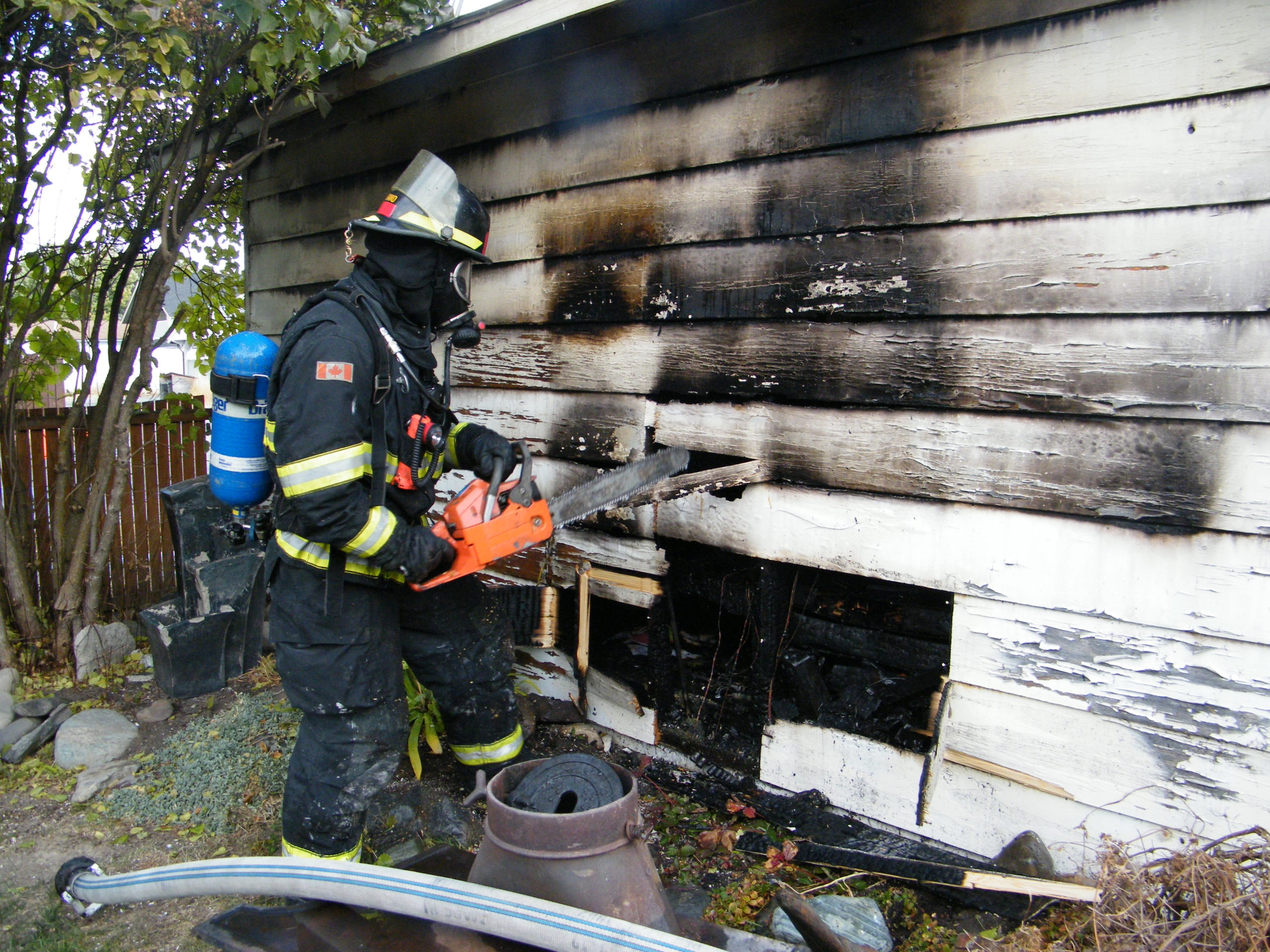 Cranbrook Fire extinguishes early morning garage fire