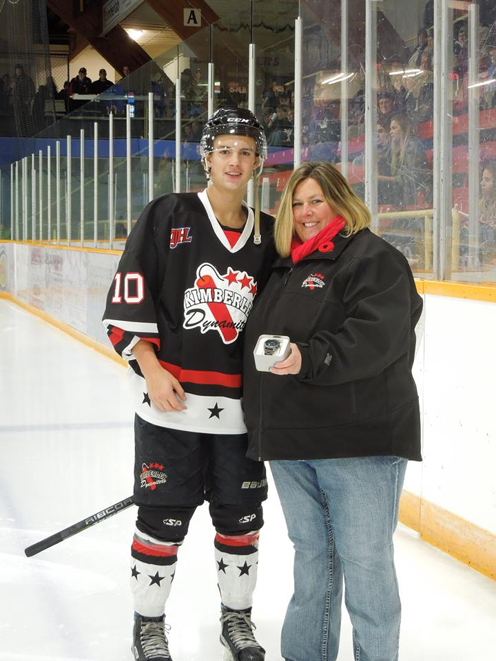 KIJHL: Rookie Palmer leads Dynamiters into big weekend