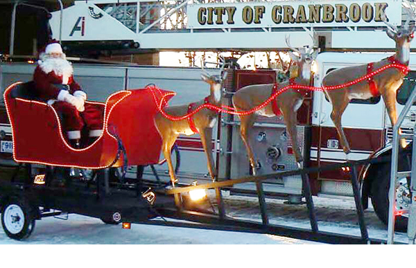 Santa Claus's annual Christmas Eve tour of Cranbrook confirmed
