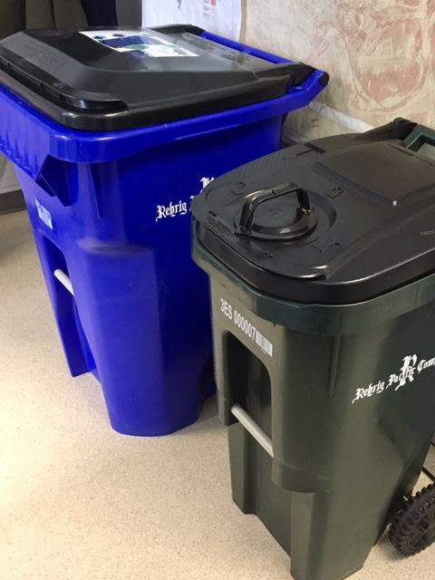 New Fernie garbage bins not bear proof; WildsafeBC