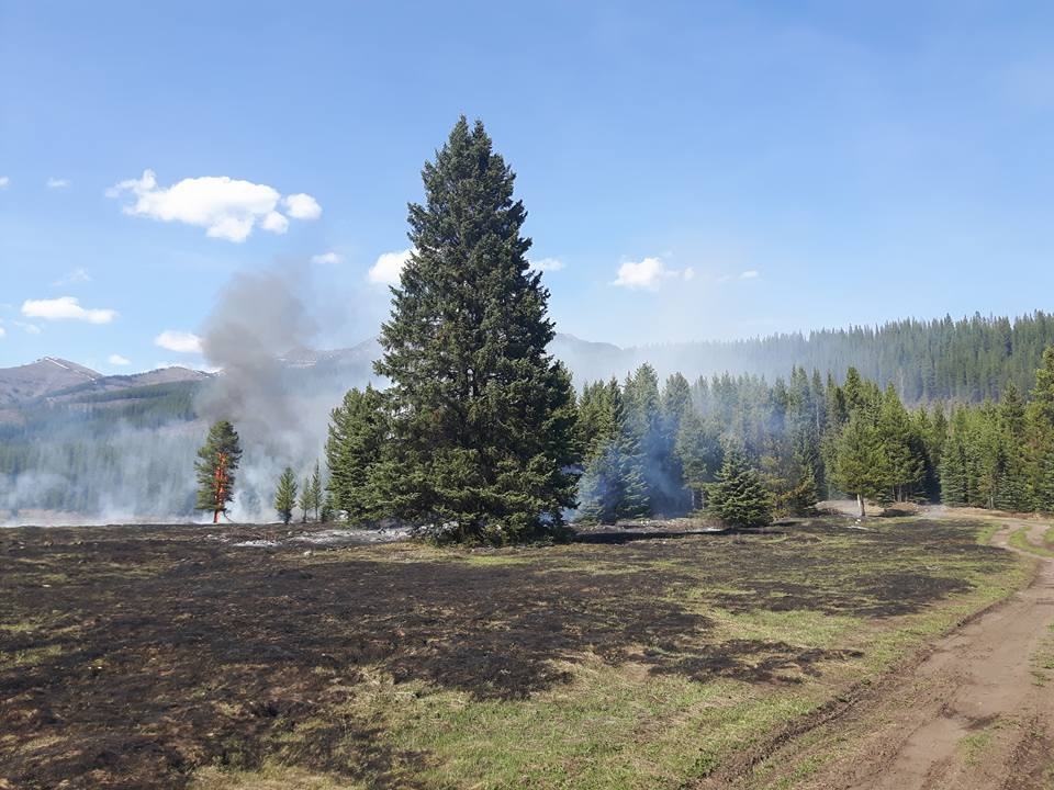 Four hectare fire reported at Fording River near Elkford