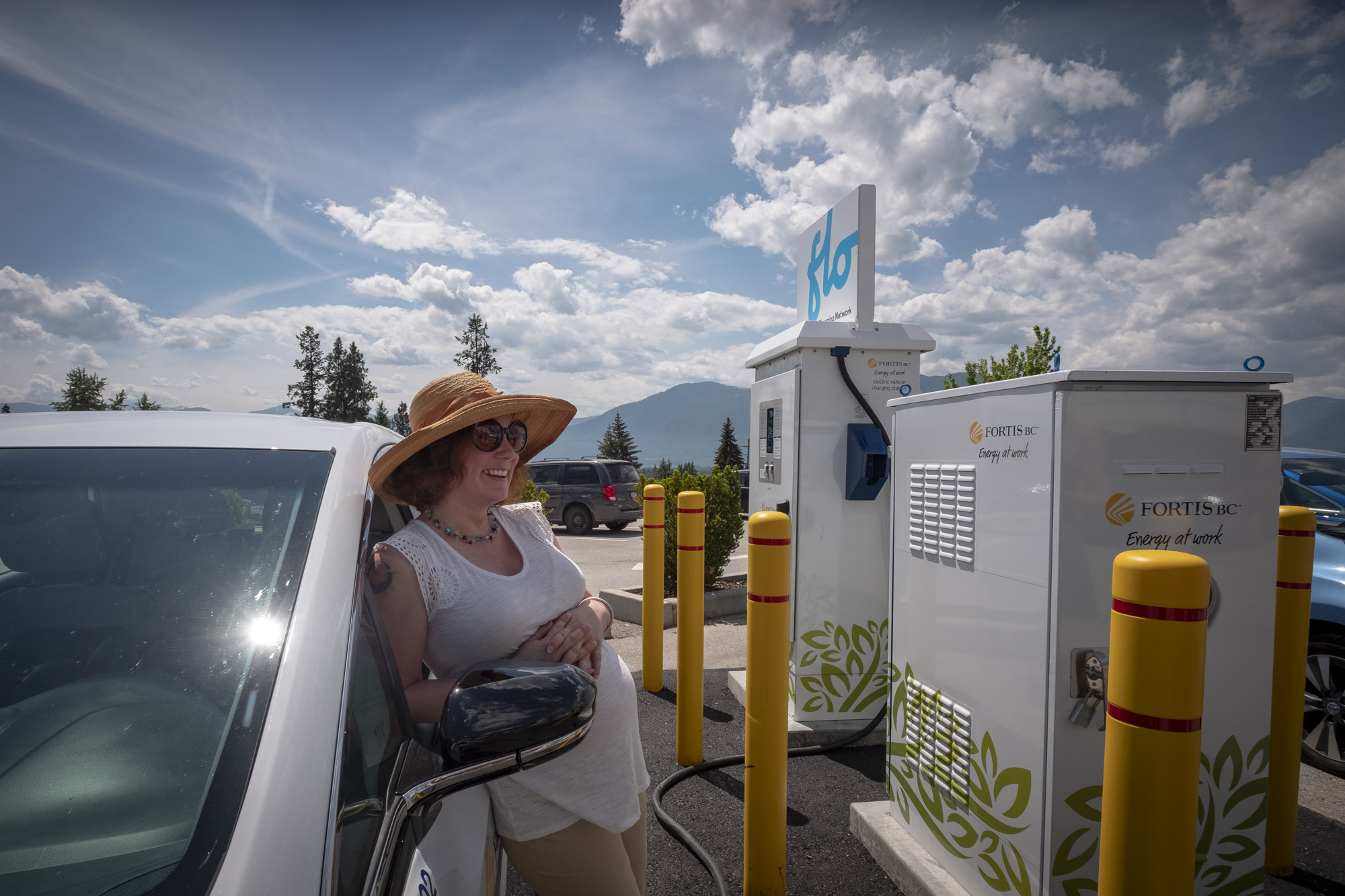 Electric vehicle charging station opens in Sparwood Tuesday