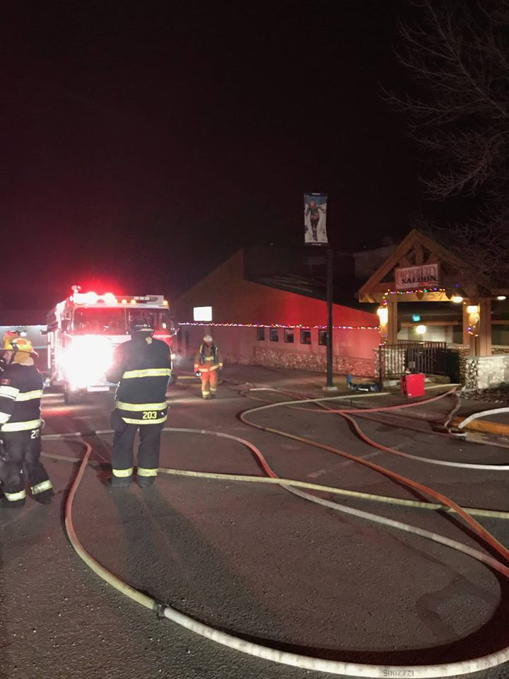 Columbia Valley fire departments respond to hotel fire in Invermere