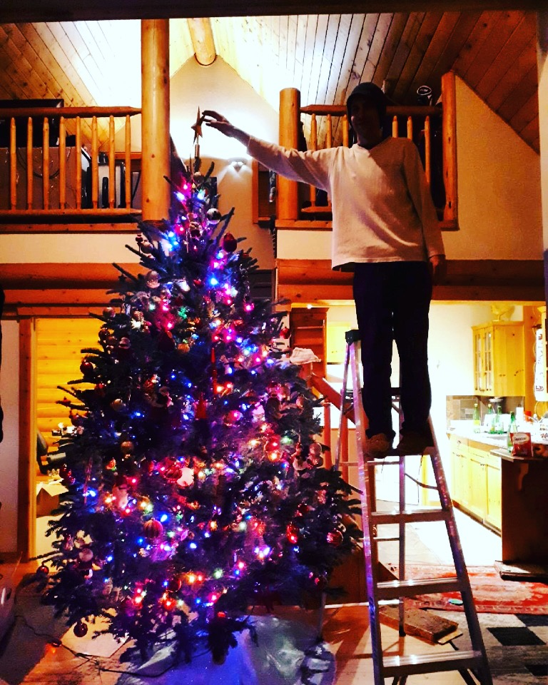 Plenty of opportunities to ditch your Christmas tree in the East Kootenay Saturday