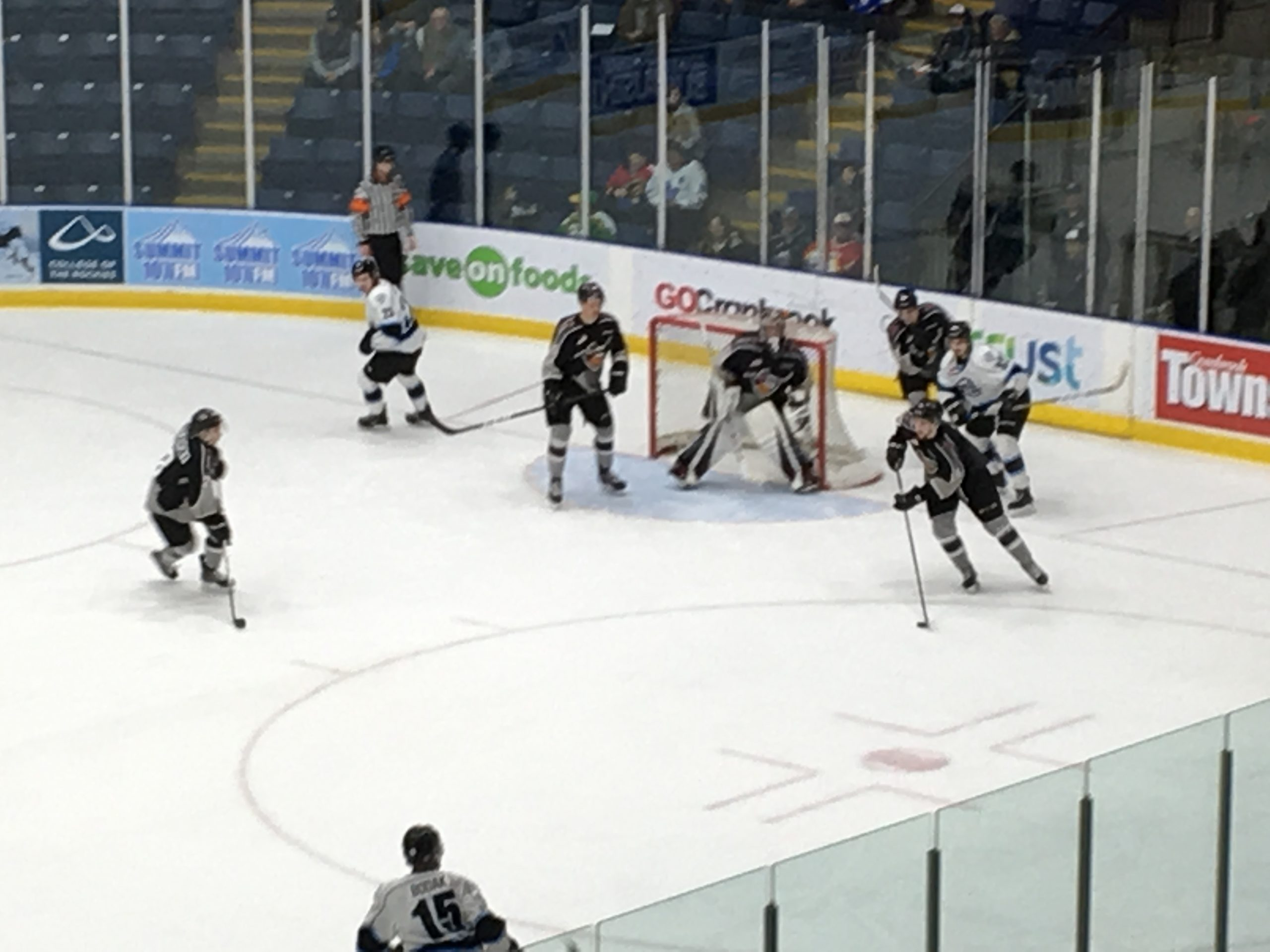 Vancouver's defense shines in 6-0 victory over ICE