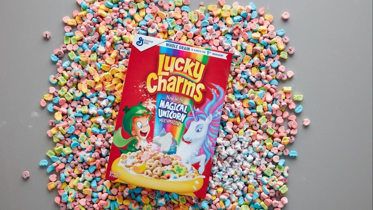 There Is A NEW Lucky Charms Marshmallow!