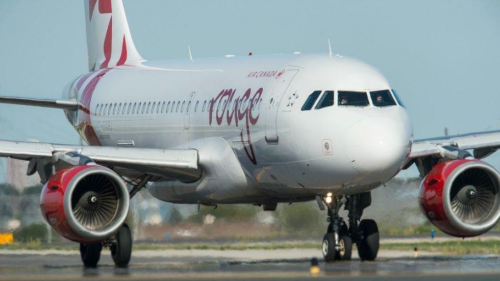 Direct flights between Nanaimo and Toronto lift off