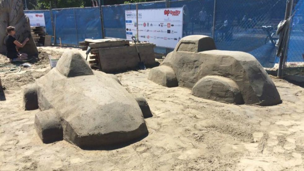 Sculptor gets second chance after disastrous sandcastle competition