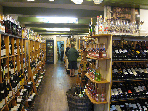 Liquor store bylaw proposed by local store owner