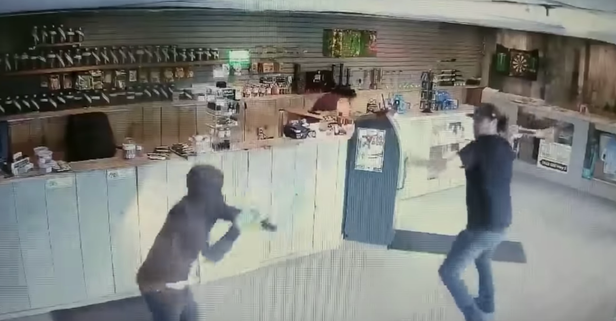 Man Fights Off Pot Store Robbers With Bong!