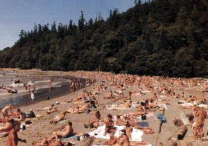 wreck-beach-3