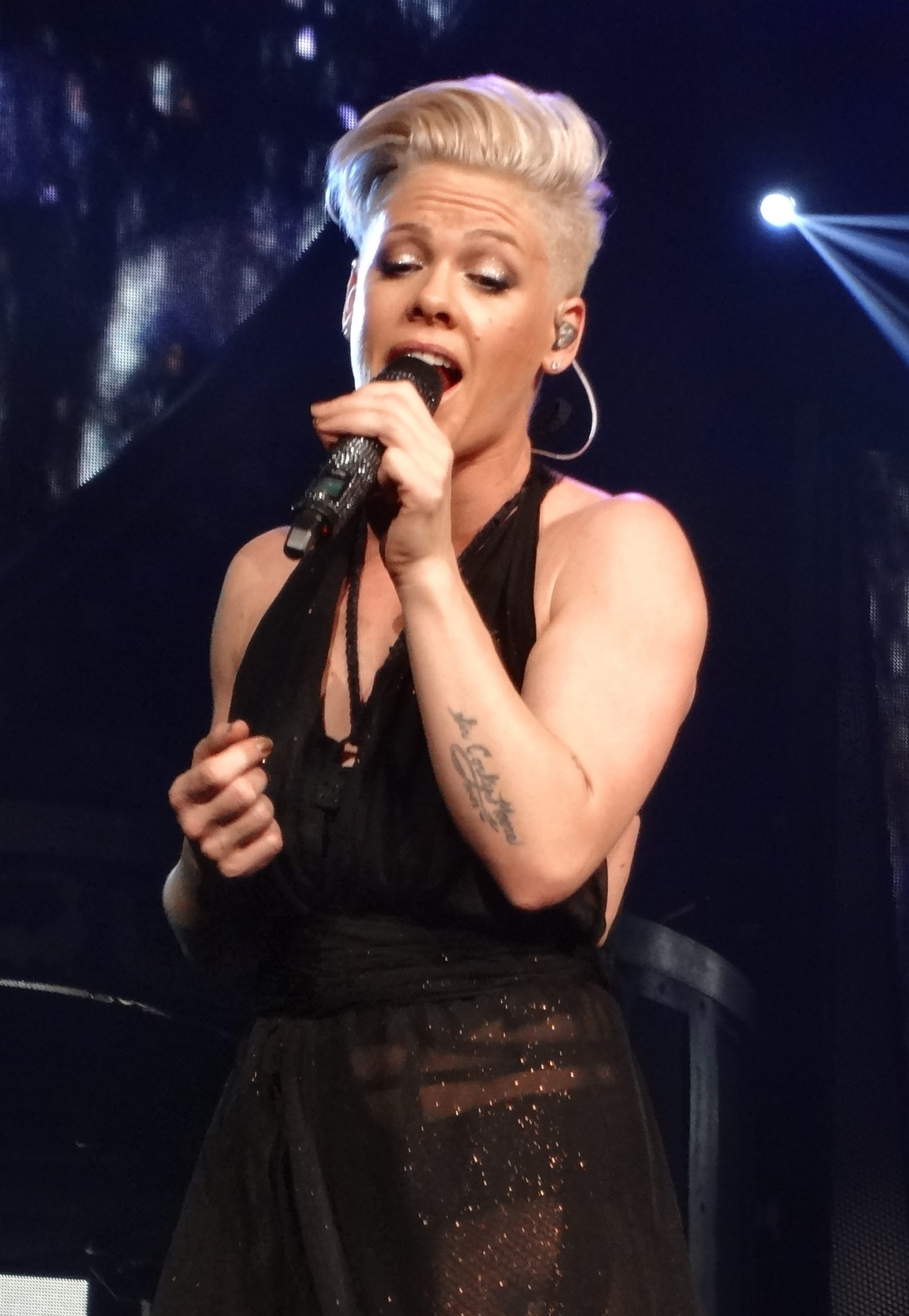 P!nk Is People's Cover Girl For The Beautiful Issue And We Are LOVING IT!