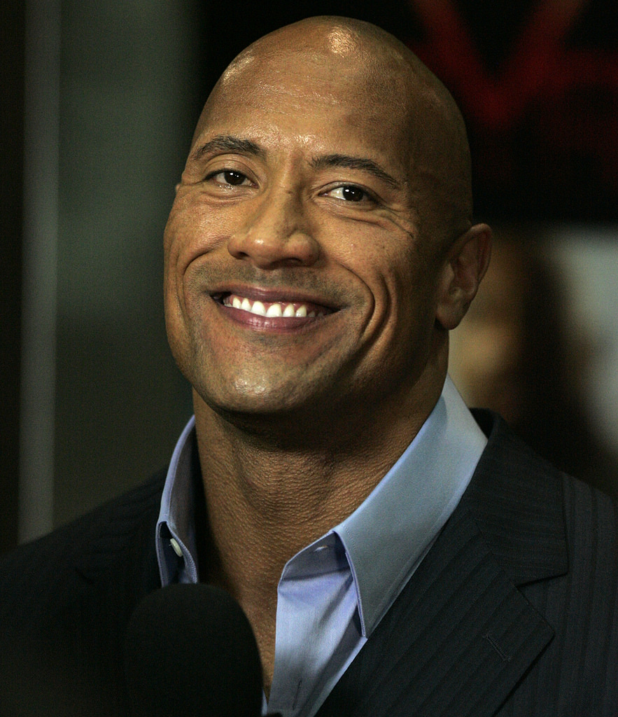 Dwayne 'The Rock' Johnson Talks Jumaji Records & Sequel Spoilers