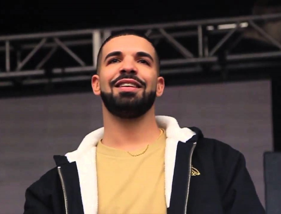 Drake Doing the 'In My Feelings' Challenge is EVERYTHING You've Been Wanting!