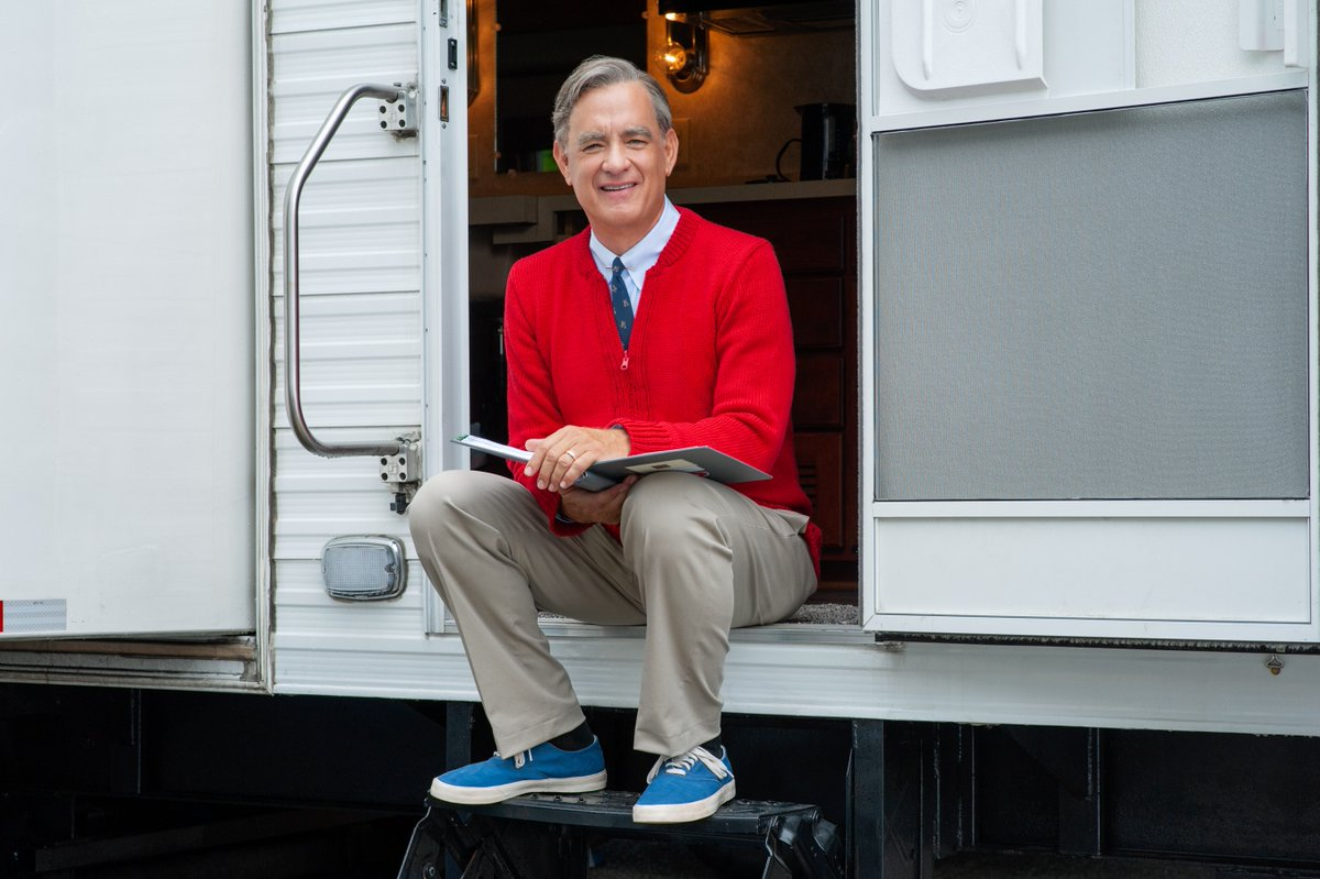 Heres the first look of Tom Hanks as Mister Rogers