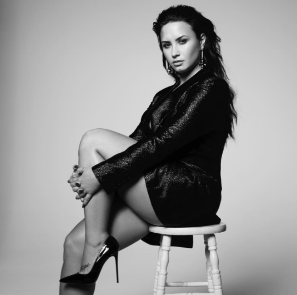 DEMI LOVATO JUST ANNOUNCED A DOCUMENTARY!