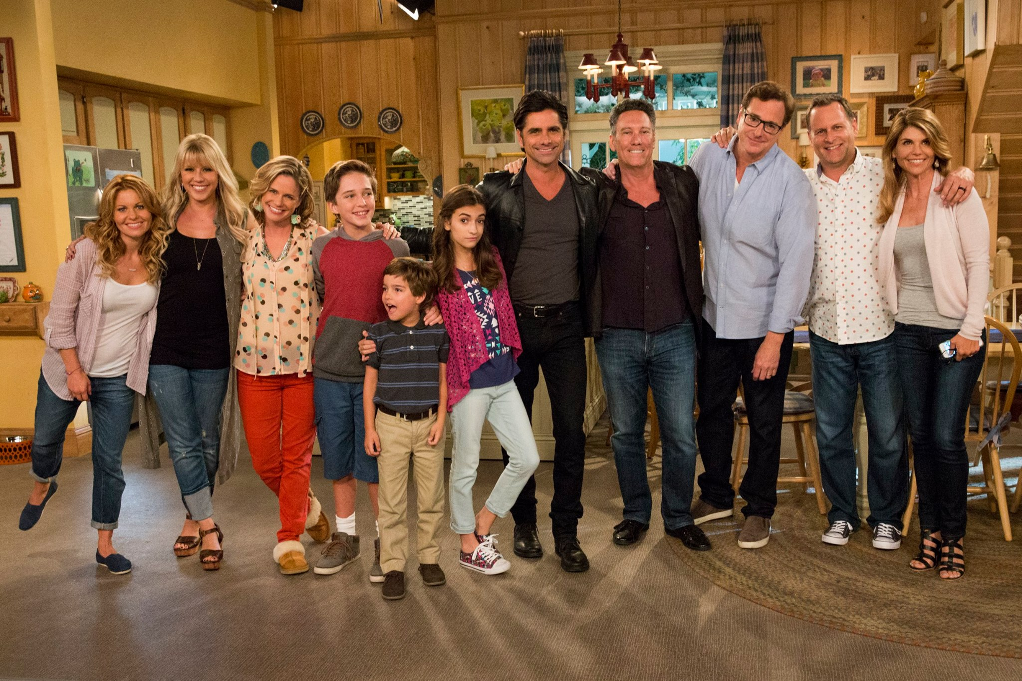 FULLER HOUSE IS COMING BACK!!