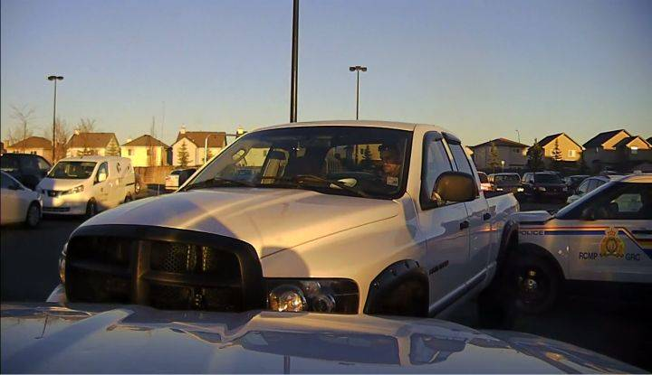 OKOTOKS RCMP LOOKING FOR STOLEN TRUCK THAT WAS USED TO RAM POLICE CRUISERS