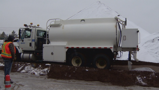 EDMONTON OFFICIALS PLEASED SO FAR WITH THE NEW SALT BRINE THEY'RE USING ON CITY STREETS