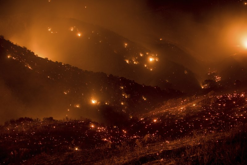 SOUTHERN CALIFORNIA GEARING UP FOR ANOTHER BAD WEEK OF MASSIVE WILDFIRES