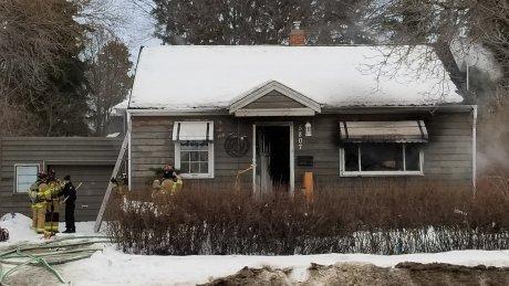 DOG KILLED, THREE PEOPLE SENT TO HOSPITAL BECAUSE OF  EDMONTON HOUSE FIRE