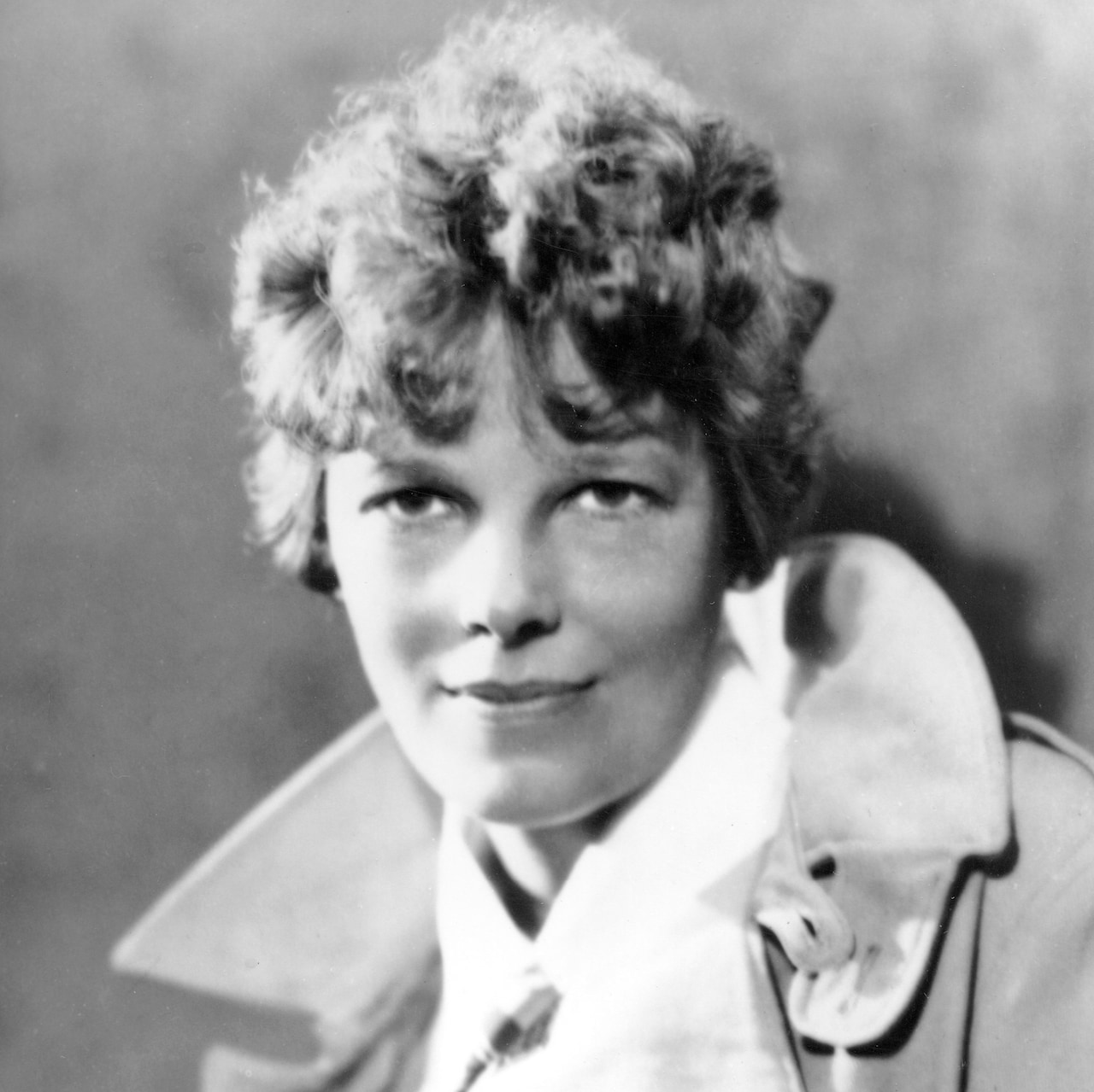 STUDY CONCLUDES BONES FOUND ON PACIFIC ISLAND MOST LIKELY THOSE OF AMELIA EARHART